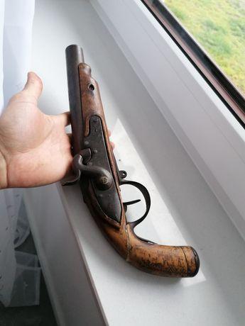 Pistolet czarnoprochowy kapiszonowy XIX wiek