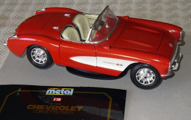 Chevrolet Corvette 1957 - Burago esc 1/18
