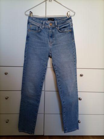 Jeans/Calças de ganga Massimo Dutti e Levi's
