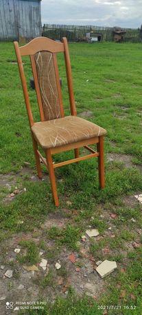 Sprzedam 6 krzeseł.
