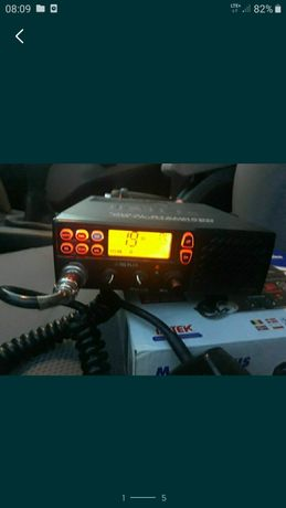Radiostacja do rozmów Intek 760Plus , komplet z anteną magnesową .