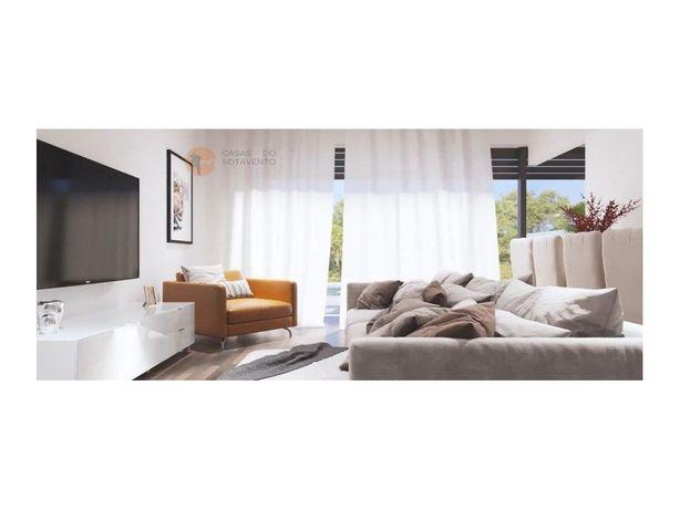 Apartamento T2 com terraço a 2 minutos do centro de Tavira