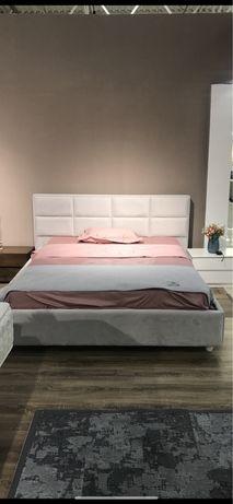 Ліжко Велике Двохспальне 200х220