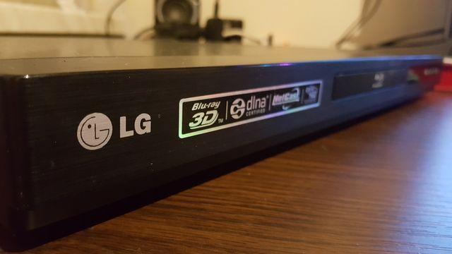 Odtwarzacz blu-ray 3D/2D LG BD660