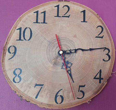 Zegar z plastra brzozy