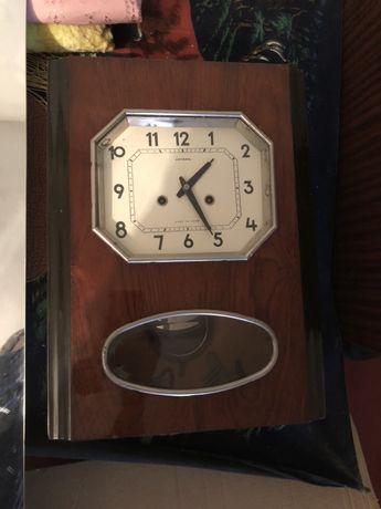 """Часы настенные """"Янтарь"""" с боем"""