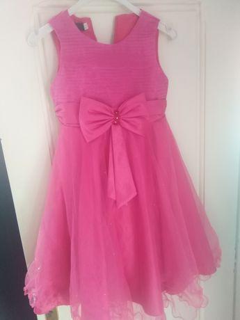 Sukienkę sprzedam  dziewczęca