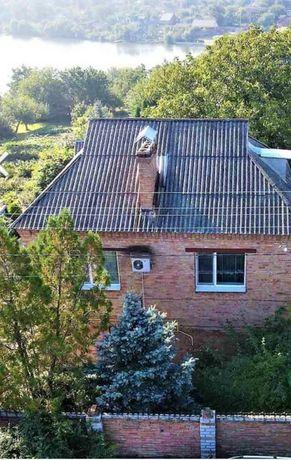 Продам двухэтажный дом район Алексеевка