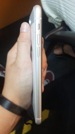 iPhone XR 64GB (com carregador e capas)