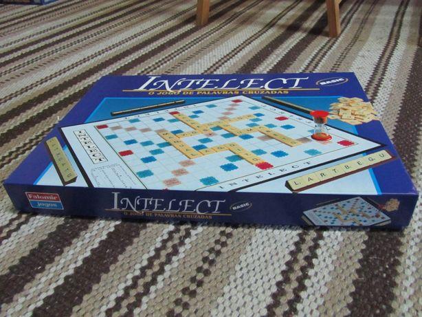 Intelect - O jogo de palavras cruzadas