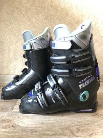 Ботинки лыжные 38р.