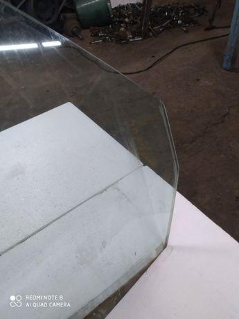 Переднє скло vito 638 Передние стекло вито 638
