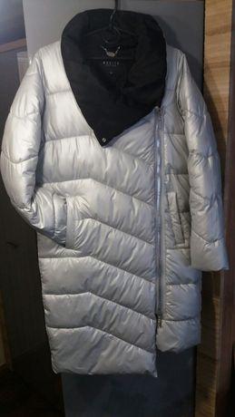 Пуховик,куртка розмір с-м
