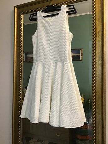 Śmietankowa sukienka r 36