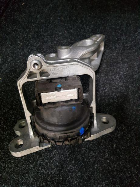 Подушка двигателя Trafic/Vivaro 1.6 2014 2015 2016 2017 2018