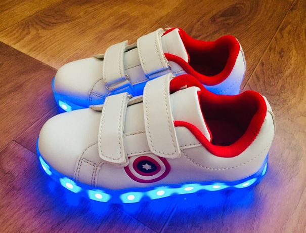 Крутые светящиеся кроссовки кеды мокасины LED Размер 29, стелька 19 см