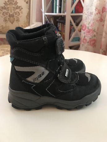 Ботинки зимние 28 р