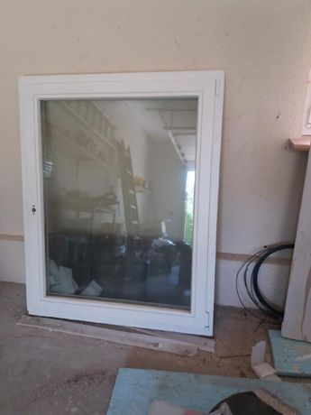 okno białe drewniane - nowe