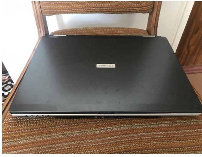 Ноутбук Toshiba продажа обмен Киев - изображение 1