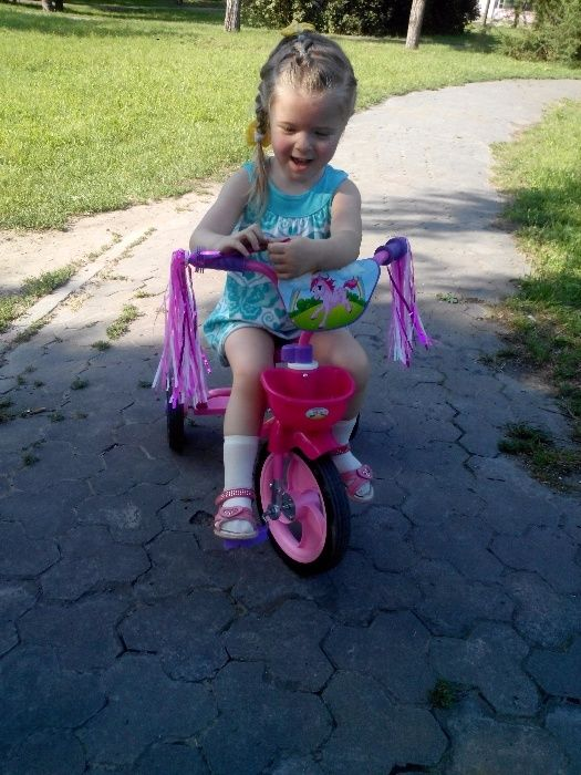 Велосипед 3-х колёсный для девочки(торг уместен) Каменское - изображение 1