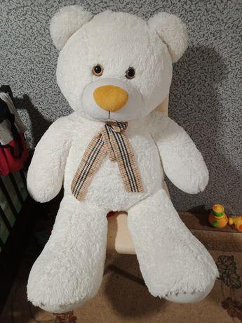 Продам плюшевого ведмедя
