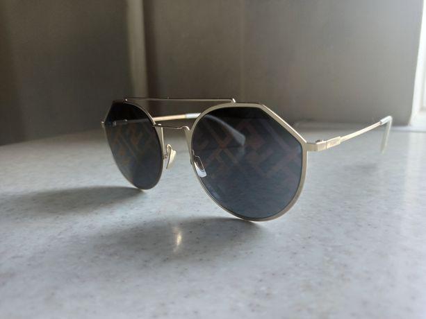 Солнцезащитный очки Fendi Eyewear
