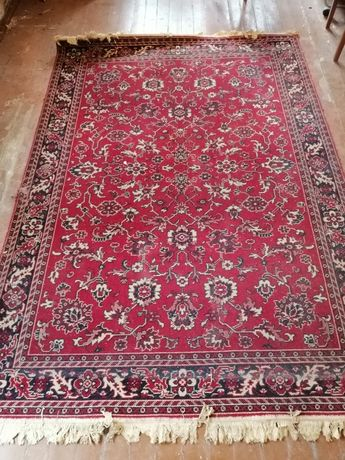 Продам ковёр 241х170 см