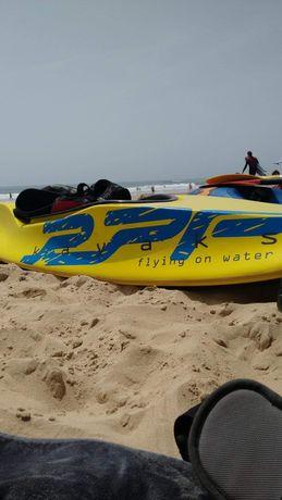 Kayak surf / canoa