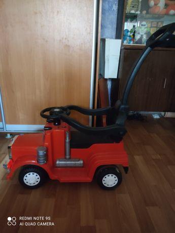 Продам детскую машину