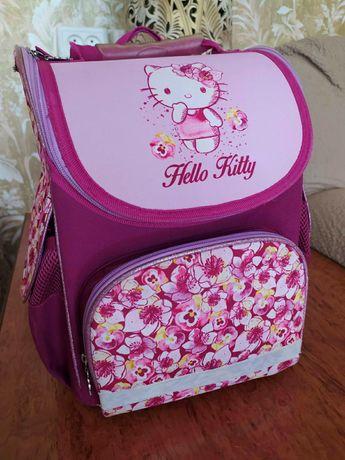Яркий и удобный рюкзак Kite Ergo Kids Hello Kitty (анатомический)