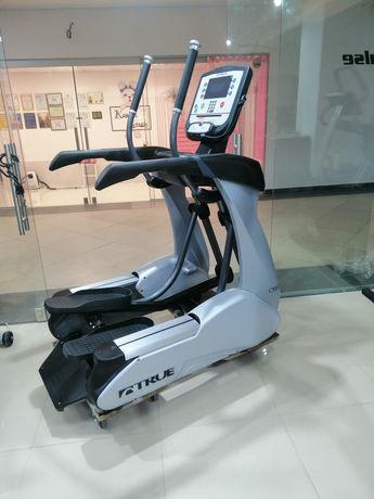 Тренажёр орбитрек TRUE CS900 Precor life fitness technogym