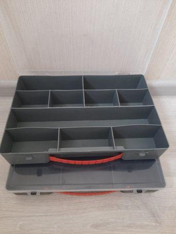 Органайзер для мелких предметов саморезов, пуговиц, крючков бисера