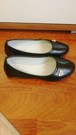 Продам туфельки 31р.250 руб.