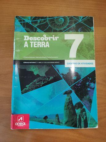 """Caderno de atividades ciências """"Descobrir a Terra"""" 7⁰ ano, areal"""