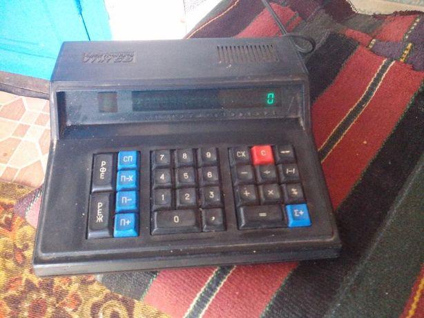 Продам электро калькулятор СССР