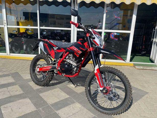 Мотоцикл кросовий BSE J10 250 см3 прямоток+ 4 клапани
