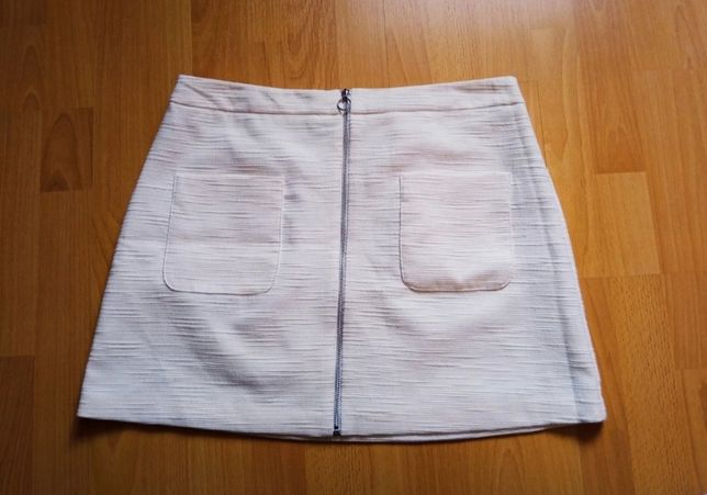 Biała spódnica F&F zapinana 40/L