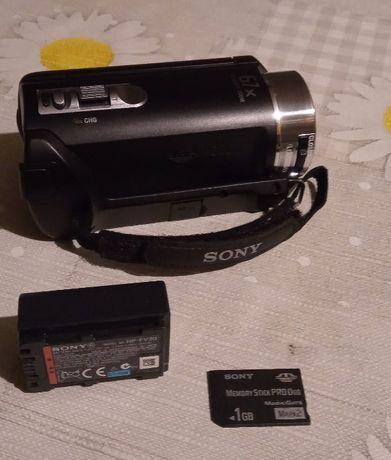 Kamera cyfrowa Sony Handycam DCR-SX21E zestaw ładowarka,karta,bateria