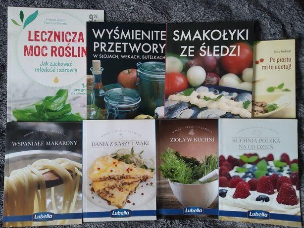 Książeczki kulinarne makarony, śledzie, przetwory, zioła