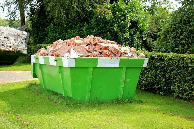 NAJTANIEJ kontenery skipy na odpady gruz stare meble zielone