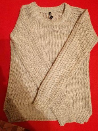 Sweterek ciepły moodo