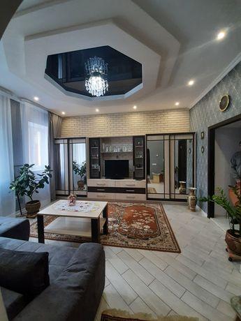 Продам 2 кімнатну квартиру в центрі міста
