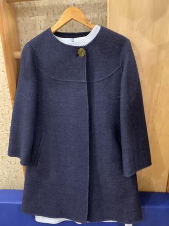 Весенее шерстяное пальто Zara