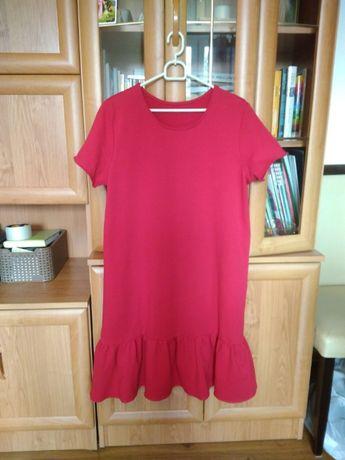 Modna sukienka czerwona z falbaną M/L (38/40)