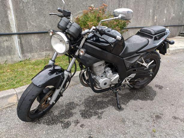 Vendo ou troco moto