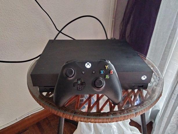 Xbox One X 1T com 4 jogos