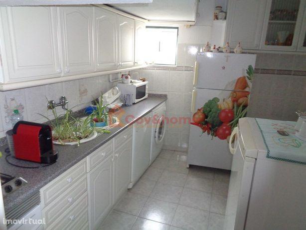 Apartamento T2 na zona baixa da cidade da Covilhã