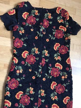 Платье итальянское чёрное с кружевом