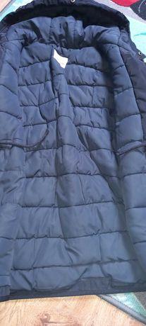 Sprzedam zimowa kurtke Zara r.140