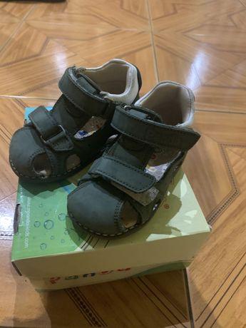 Кожанные сандали, босоножки ортопедические фирма Panda